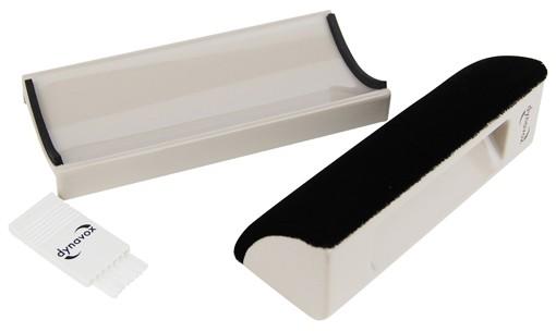 samt kissen und b rste f r die reinigung von schallplatten. Black Bedroom Furniture Sets. Home Design Ideas