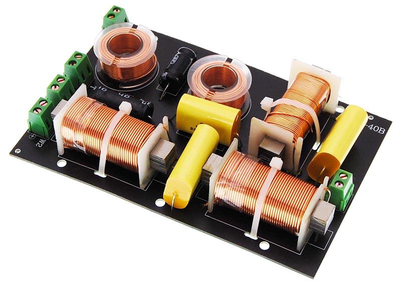 frequenzweiche pro 3 wege 300 watt 2 subwoofer ausg nge. Black Bedroom Furniture Sets. Home Design Ideas